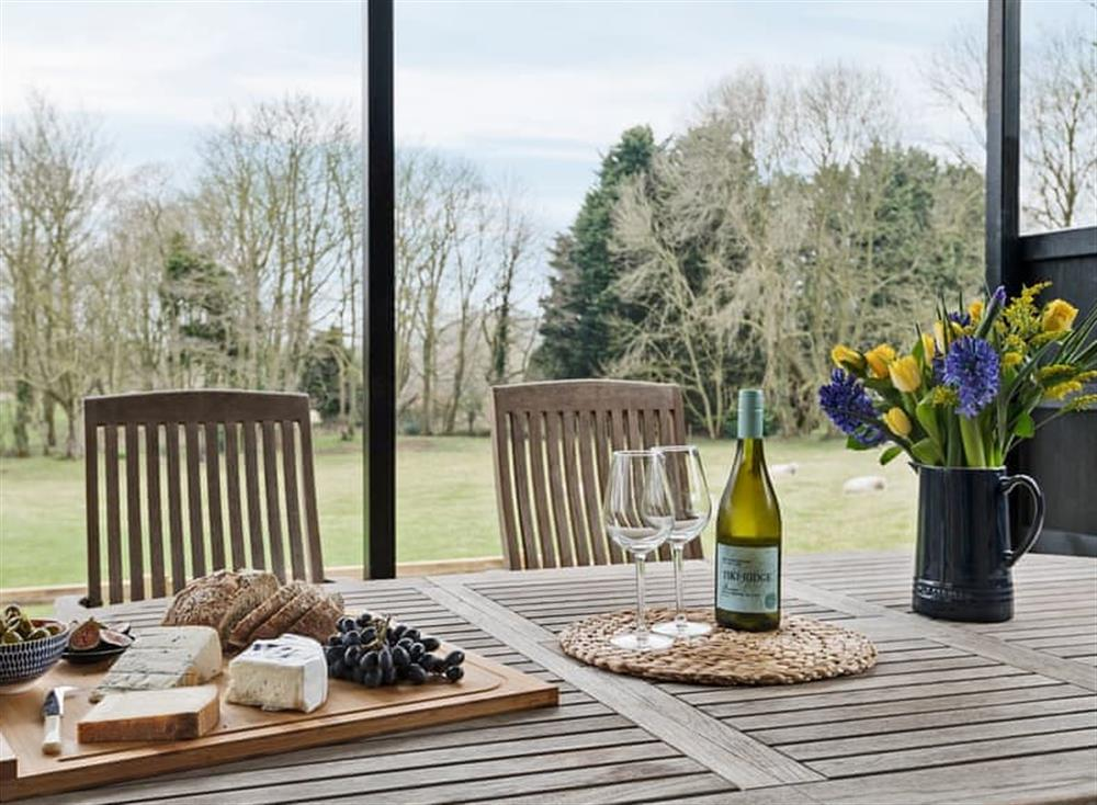 Relaxing sitting-out-area (photo 2) at Meadow View in North Walsham, Norfolk