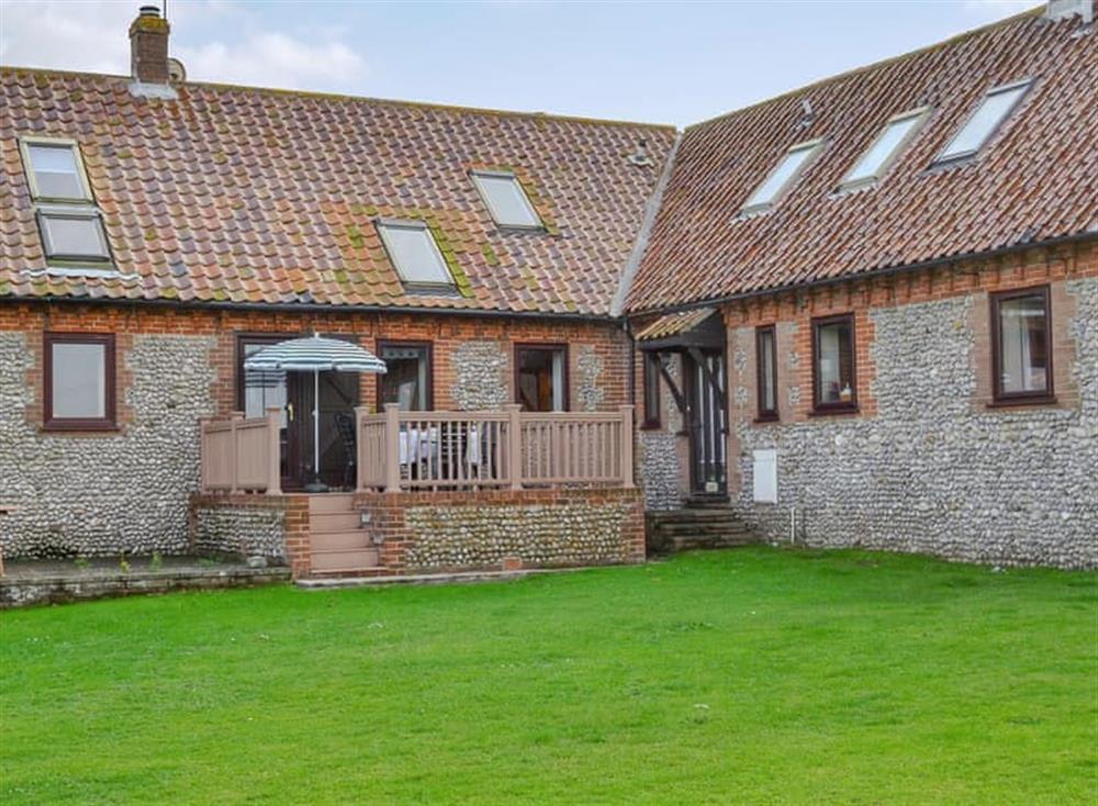 Delightful terraced holiday barn at Mellors Holt in Weybourne, near Sheringham, Norfolk