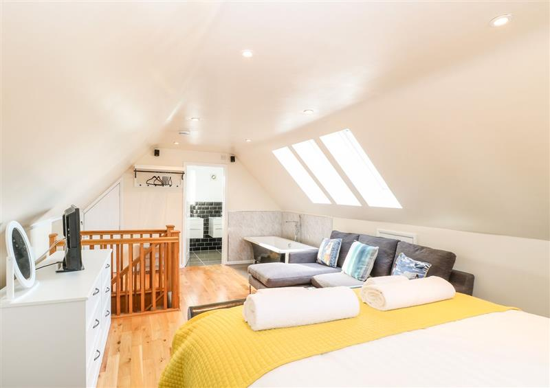 One of the bedrooms (photo 2) at Mermaids Purse, Eccles-On-Sea