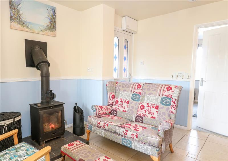 The living room at Mermaids Purse, Eccles-On-Sea