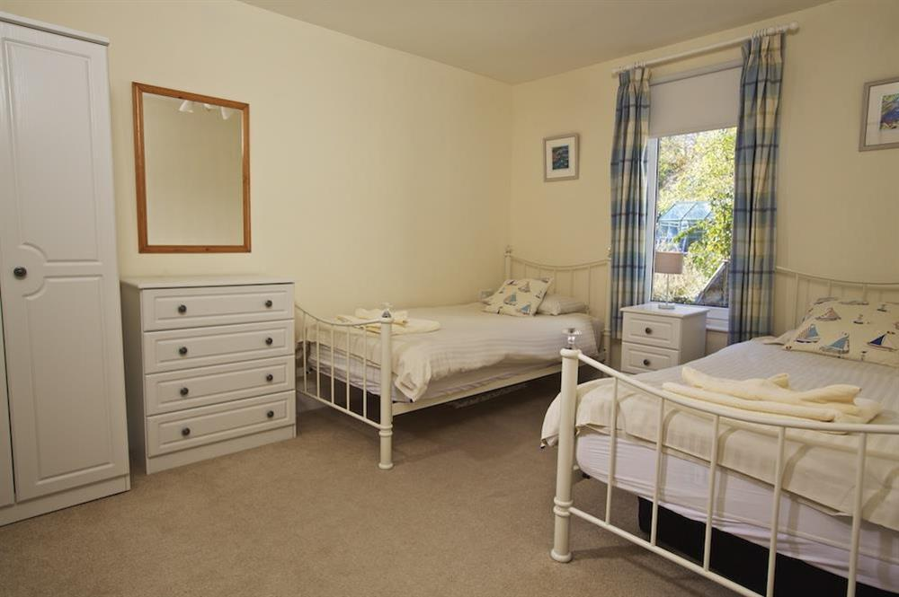 Twin bedroom (first floor) at Middle Watch in , Dartmouth