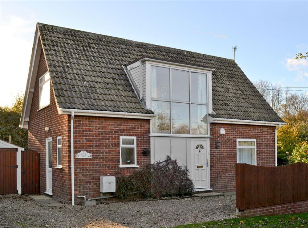 Detached holiday home at Mill Haven in East Runton, near Cromer, Norfolk