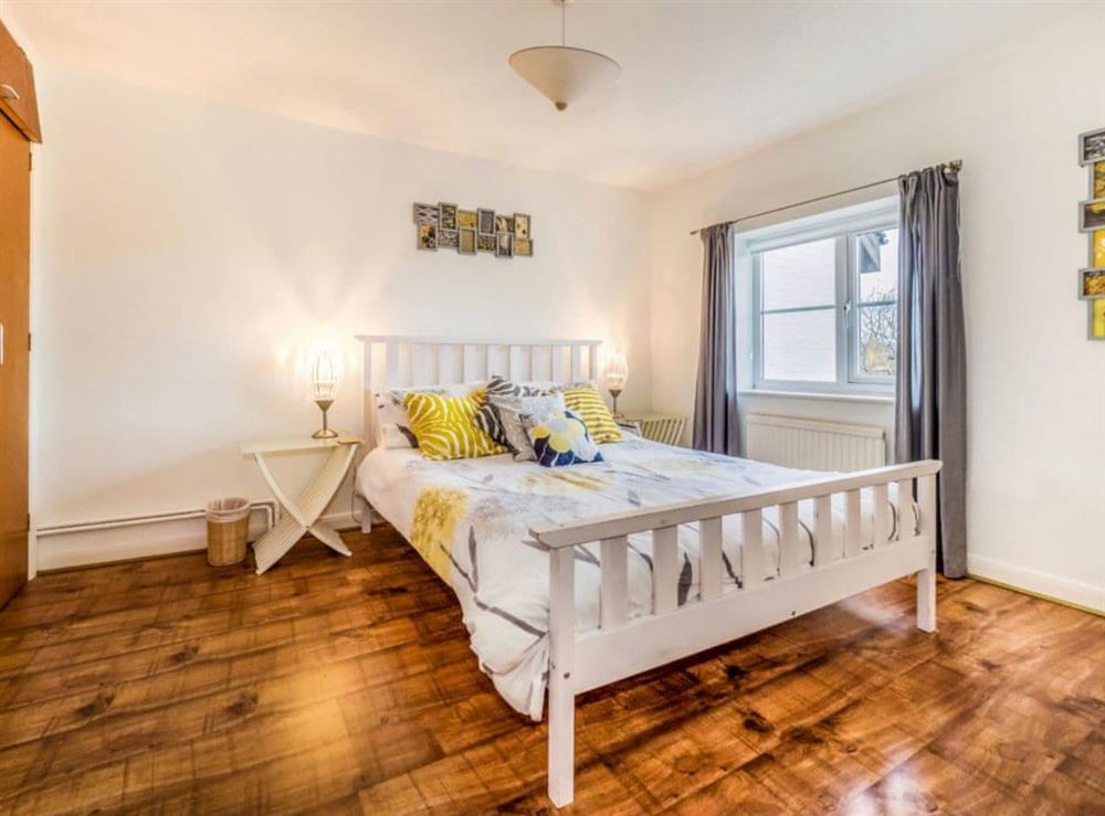 Double bedroom (photo 2) at Mirabilis in Wroxham, near Norwich, Norfolk