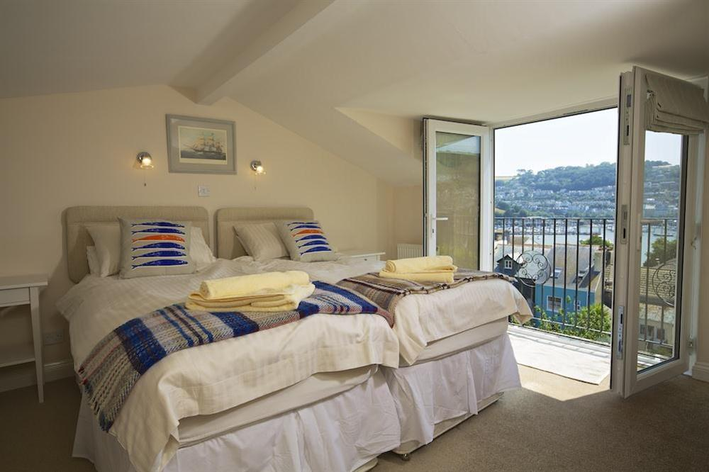 Twin bedroom with Juliet balcony and good river views at Moonrakers in , Dartmouth