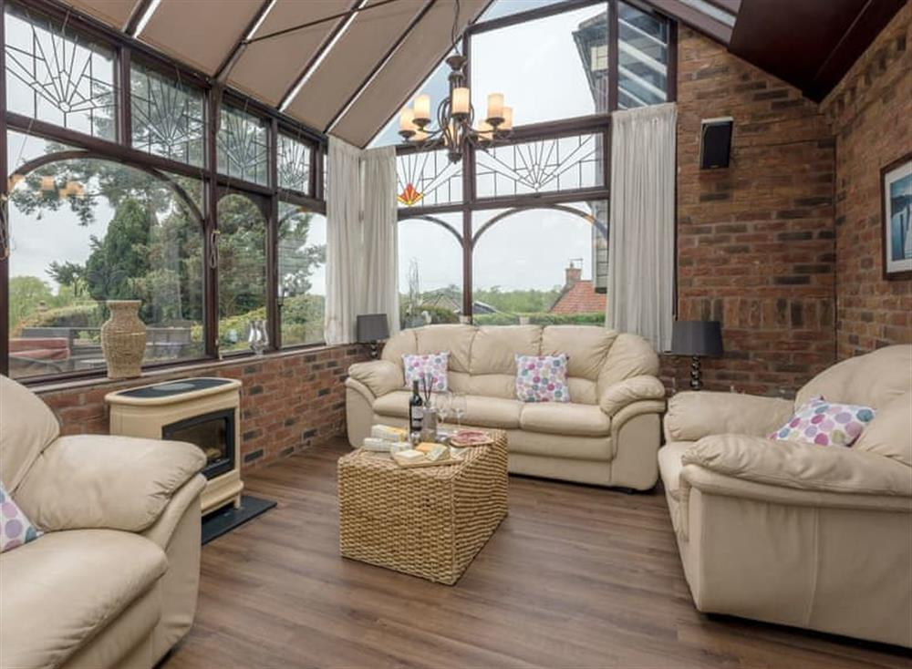 Light and airy conservatory (photo 2) at Morea in Horning, Norfolk