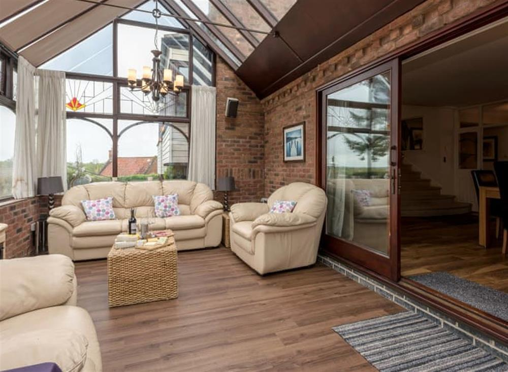 Light and airy conservatory (photo 3) at Morea in Horning, Norfolk