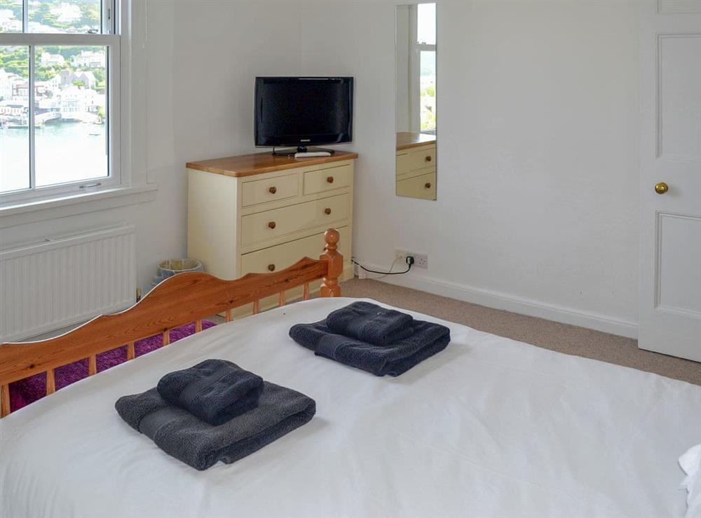 Double bedroom at Morning Sun, Above Town 47 in Dartmouth, Devon