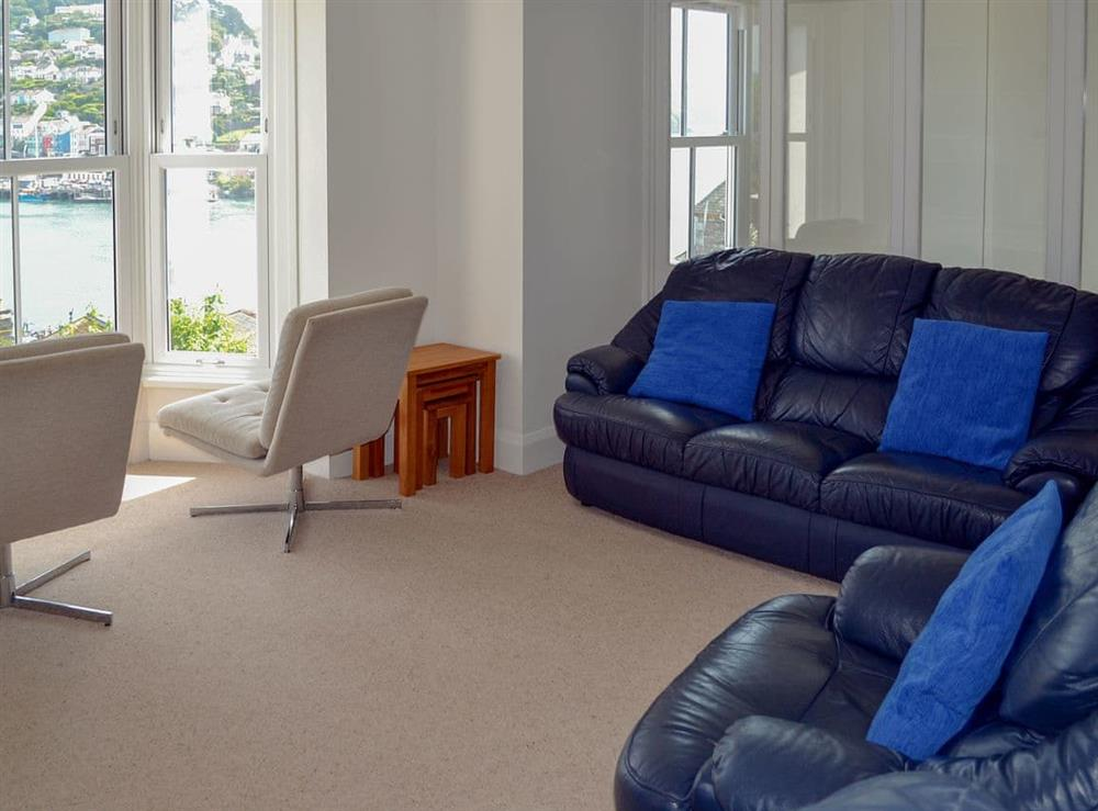 Light and airy living room at Morning Sun, Above Town 47 in Dartmouth, Devon