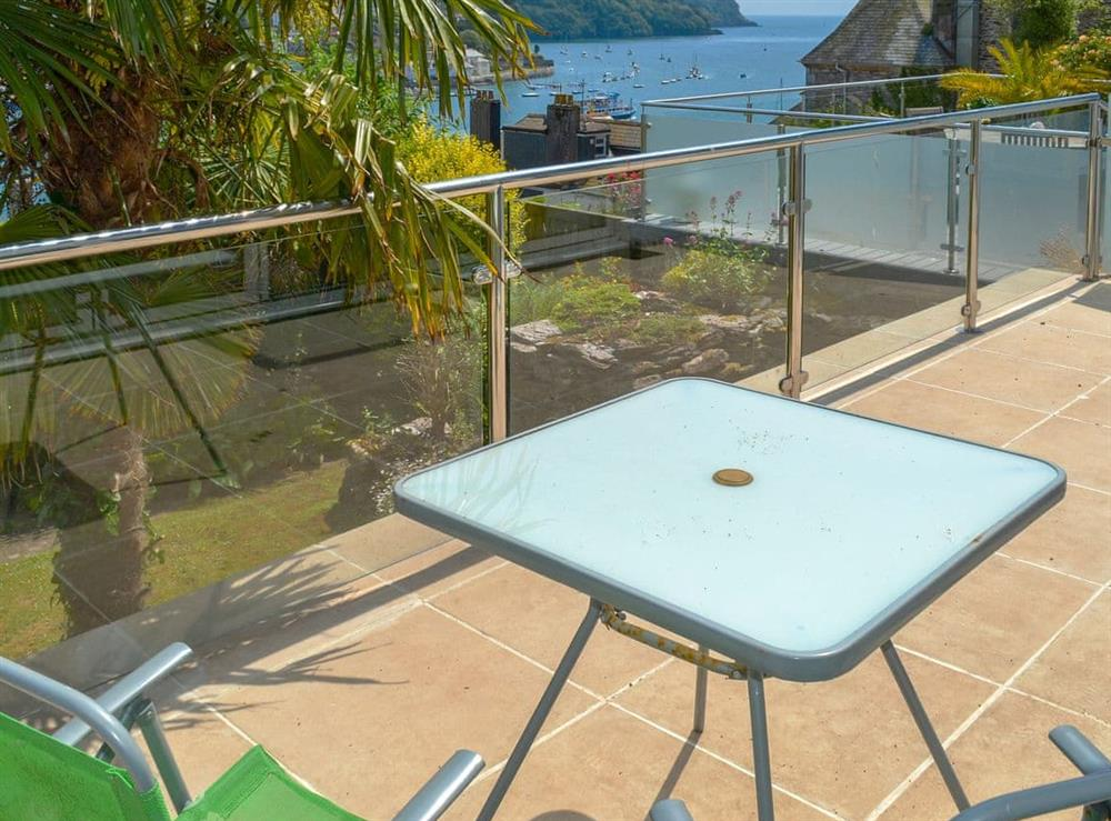 Sitting-out-area with fantastic views at Morning Sun, Above Town 47 in Dartmouth, Devon
