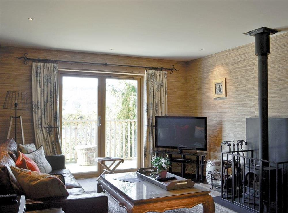 Open plan living/dining room/kitchen at Red Squirrel Lodge,