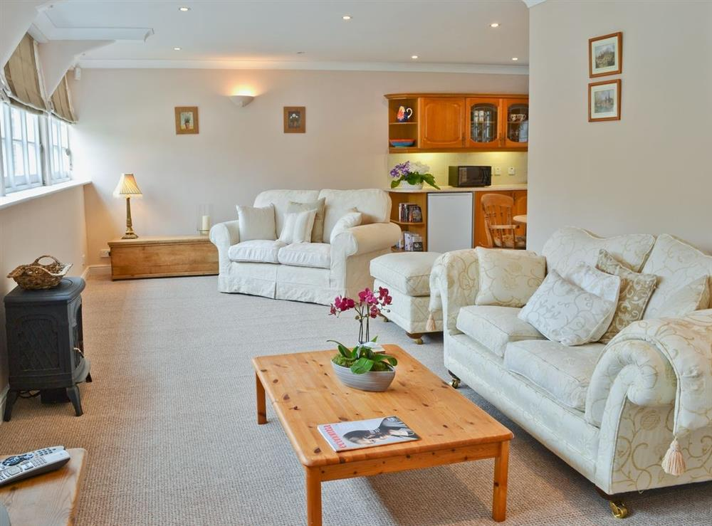 Open plan living/dining room/kitchen at Nollsfield Lodge in Rotherfield Greys, near Henley-on-Thames, Oxfordshire