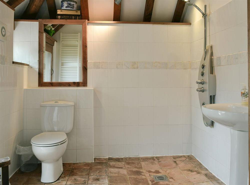 Modern style wet-room at Falstaff Cottage,