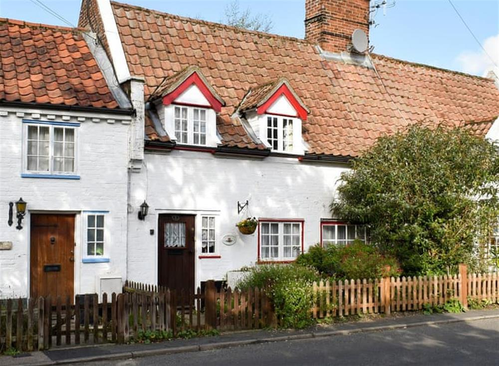 Delightful terraced cottage at One Well Cottage in Holton, near Halesworth, Suffolk