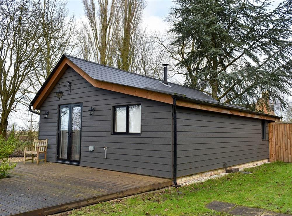 Single-storey holiday property at Orchard End in Colne, near Huntingdon, Cambridgeshire