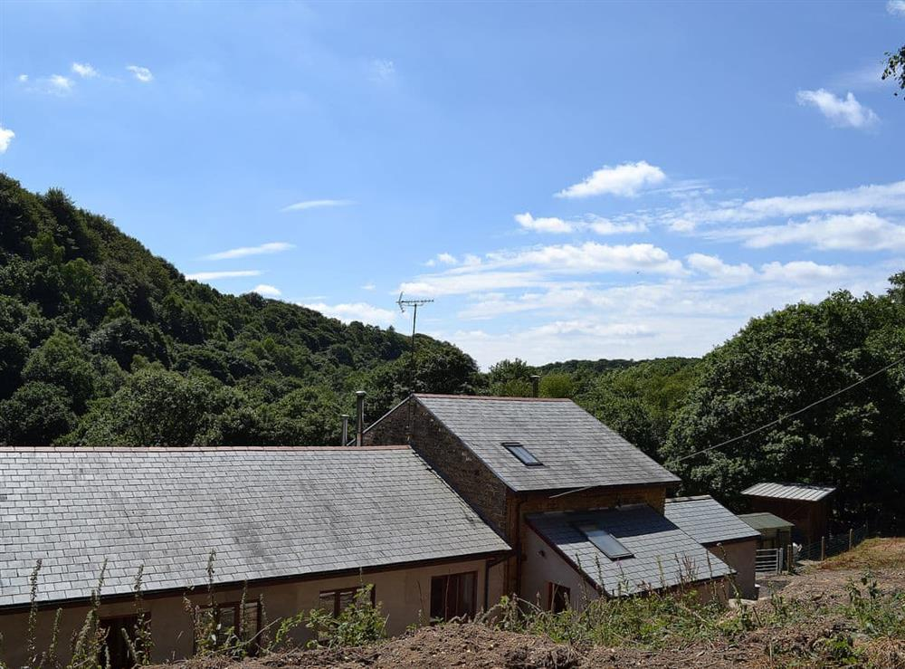 Delightful holiday apartment set in a tranquil wooded valley at Oriels Retreat in Ashworth Valley, near Bury, Lancashire