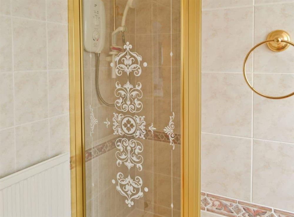 Shower at Otters in Wroxham, Norfolk