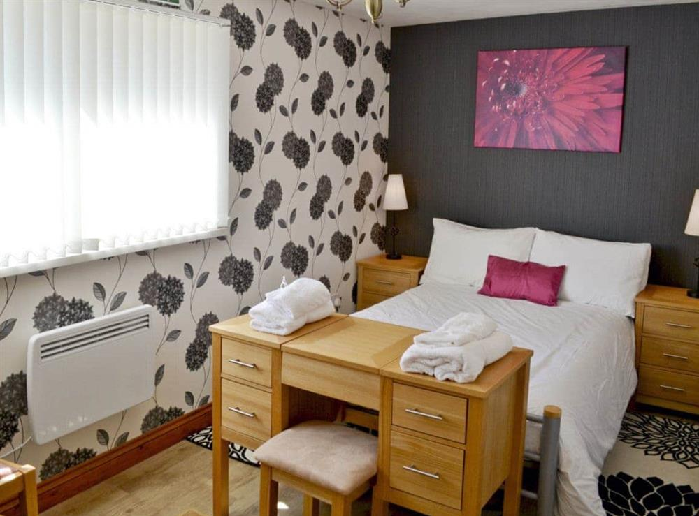Double bedroom at Owl Lodge in Forncett St Peter, near Long Stratton, Norfolk