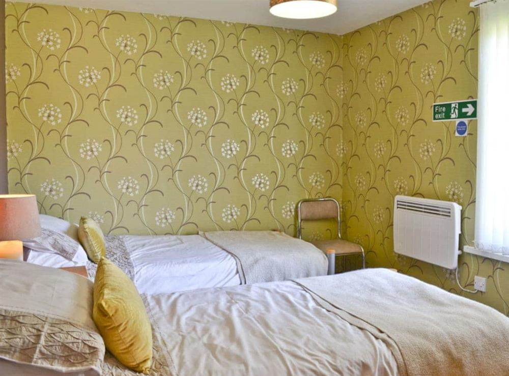 Twin bedroom at Owl Lodge in Forncett St Peter, near Long Stratton, Norfolk