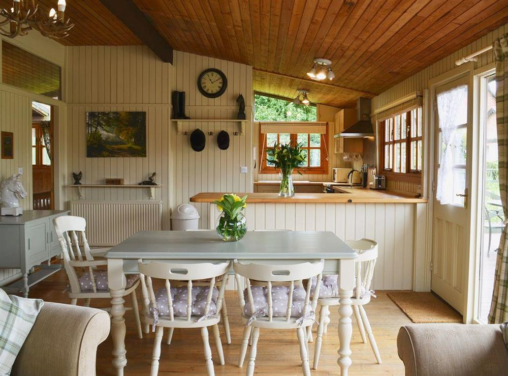 Dining and kitchen area at Pampita Lodge in Beverley, North Humberside