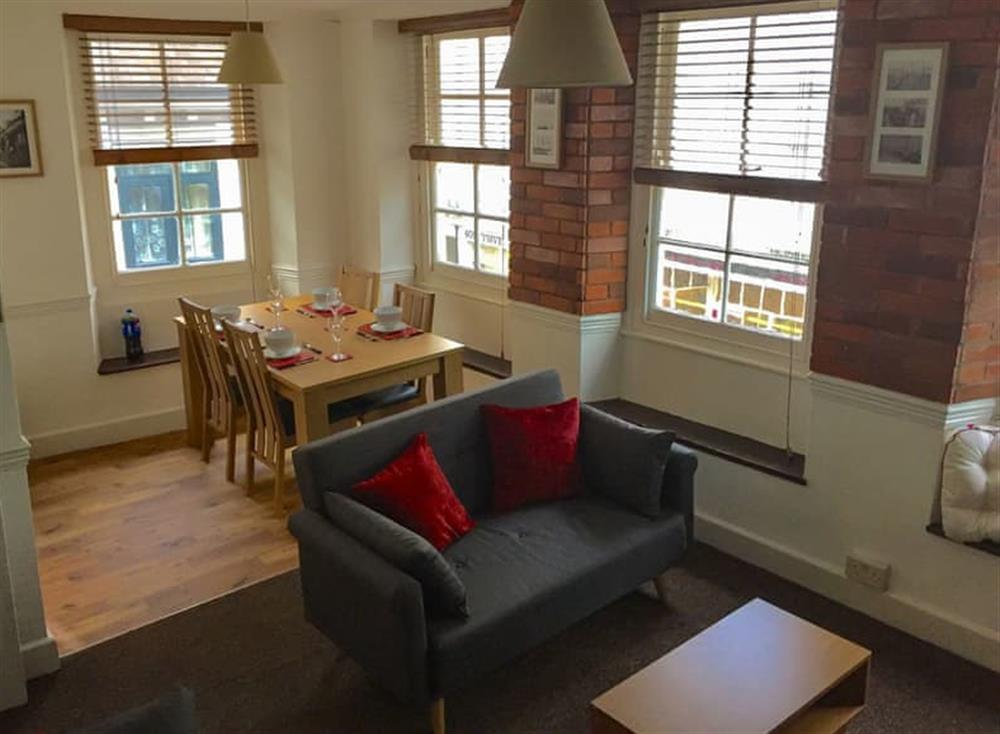 Delightful spacious first floor apartment