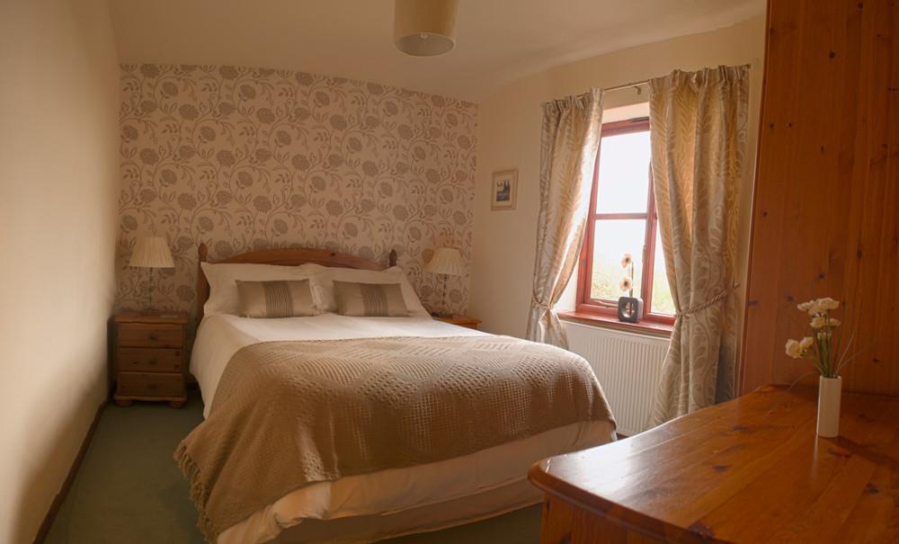 A double bedroom at Bwthyn Gwyn,