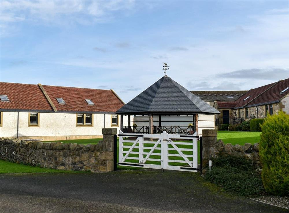 Shared grounds at Oak Tree Cottage,