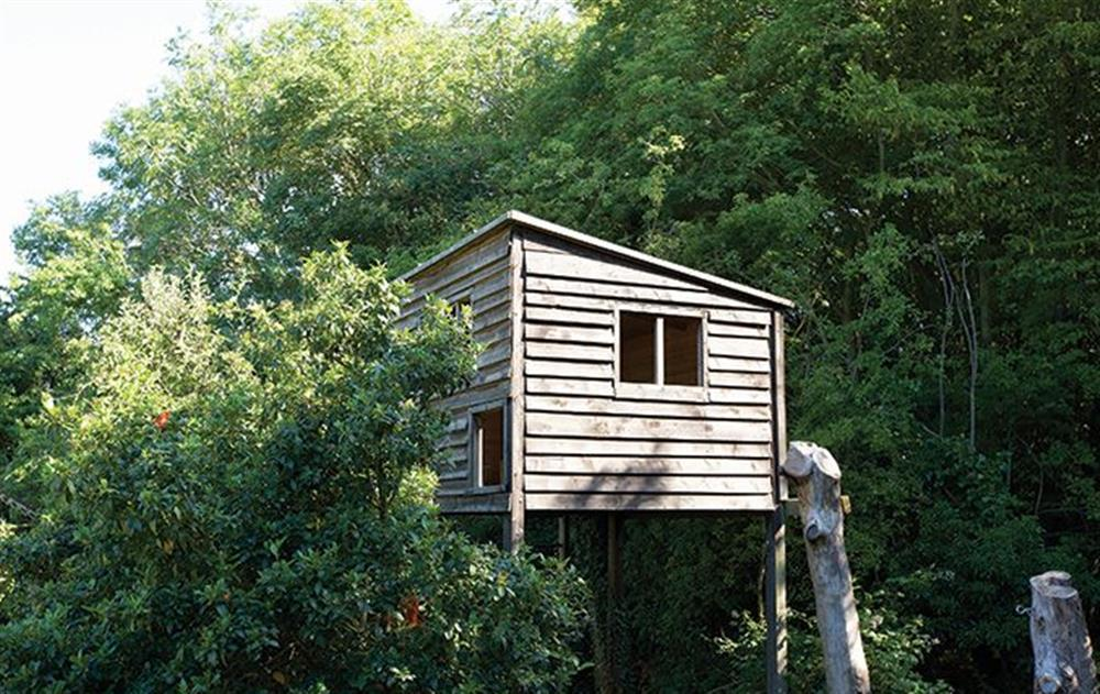 Children's treehouse in the garden at Peak Hill Cottage, Theberton