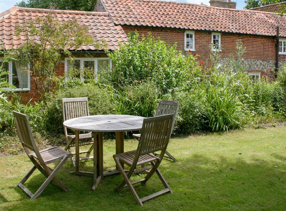 Idyllic holiday home at Pear Tree Cottage in Wenhaston, near Southwold, Suffolk