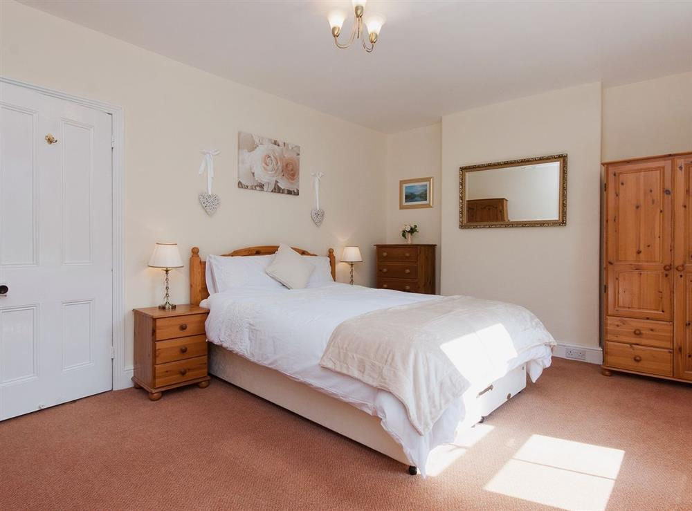 Double bedroom at Pebble Cottage in Dartmouth, Devon