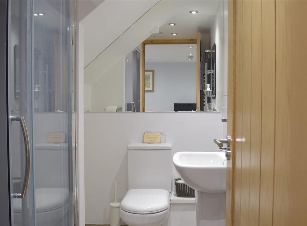 Shower room at Bluebell Cottage,