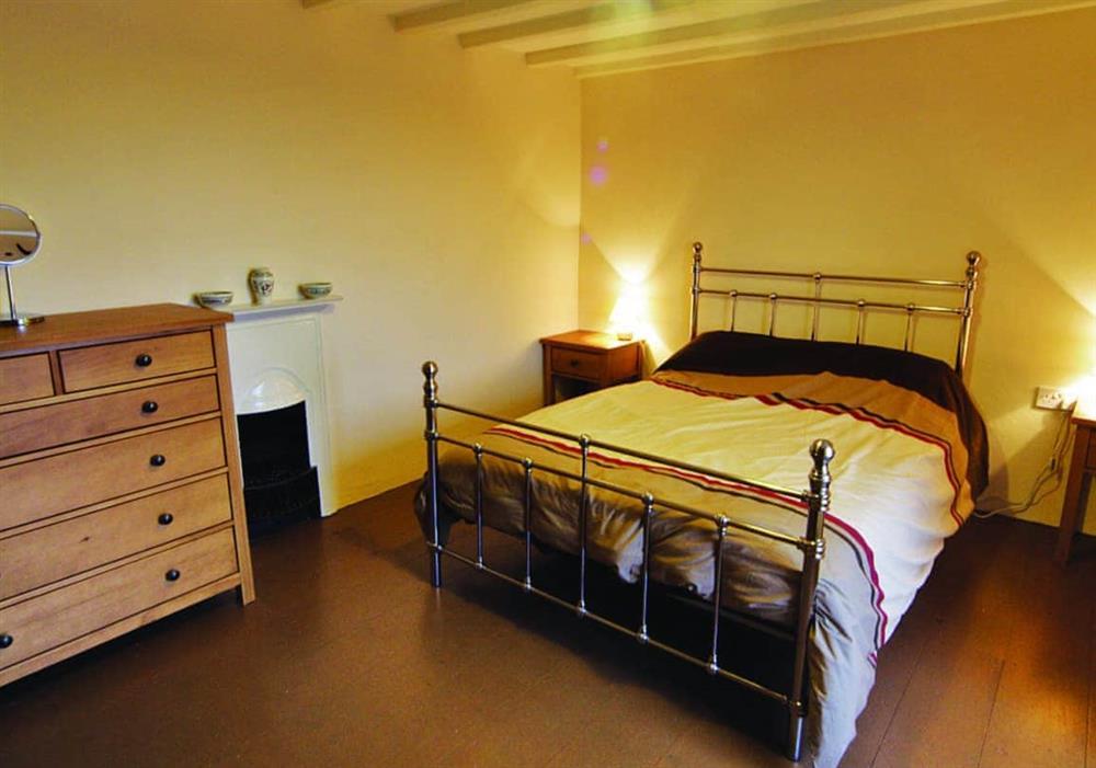 Penrhyn Mawr double bedroom at Penrhyn Mawr in Pwllheli, Gwynedd