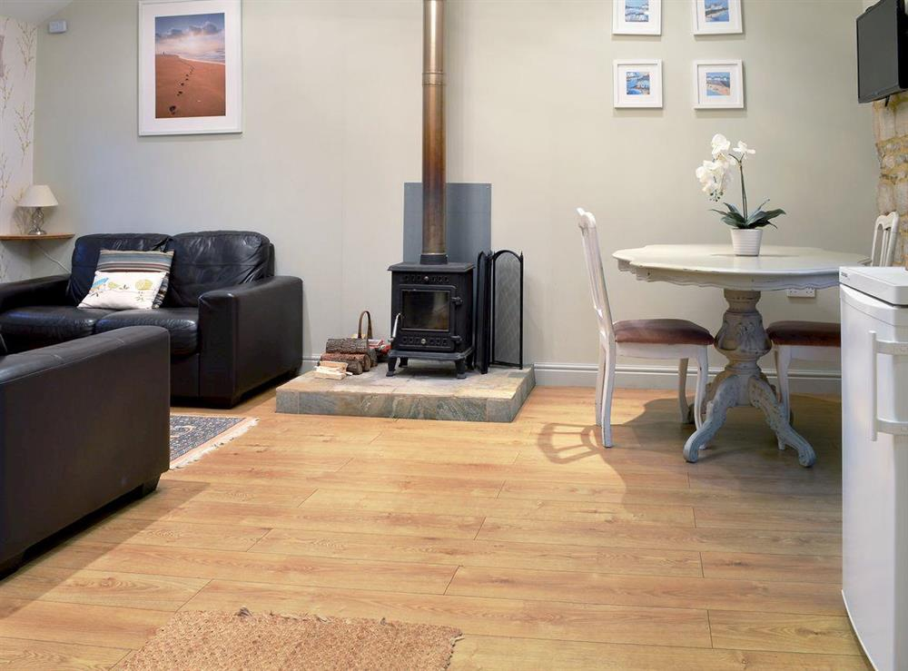 Spacious, charming open plan living space at Walnut Cottage,