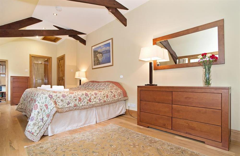 Bedroom 2 with zip linked beds (super kingsize or twins) at Perchwood Shippon, Tuckenhay