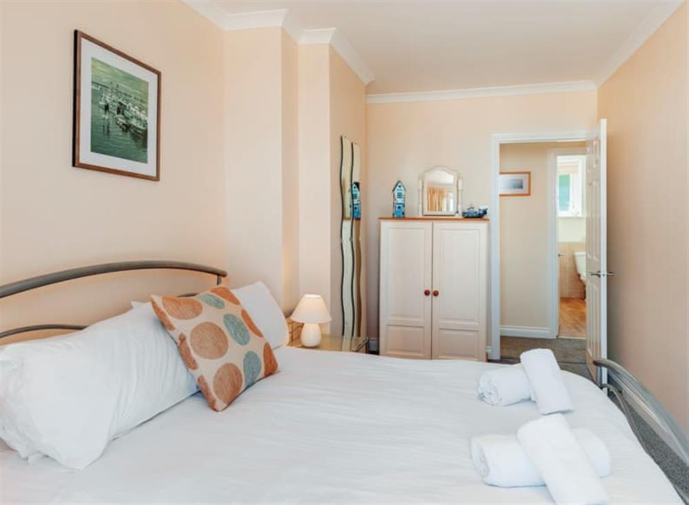 Double bedroom (photo 2) at Pilots Perch in Brixham, Devon