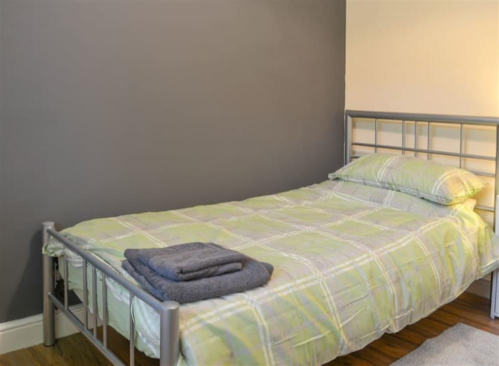 Comfortable single bedroom at Pinewood Cottage in Hainford, near Norwich, Norfolk