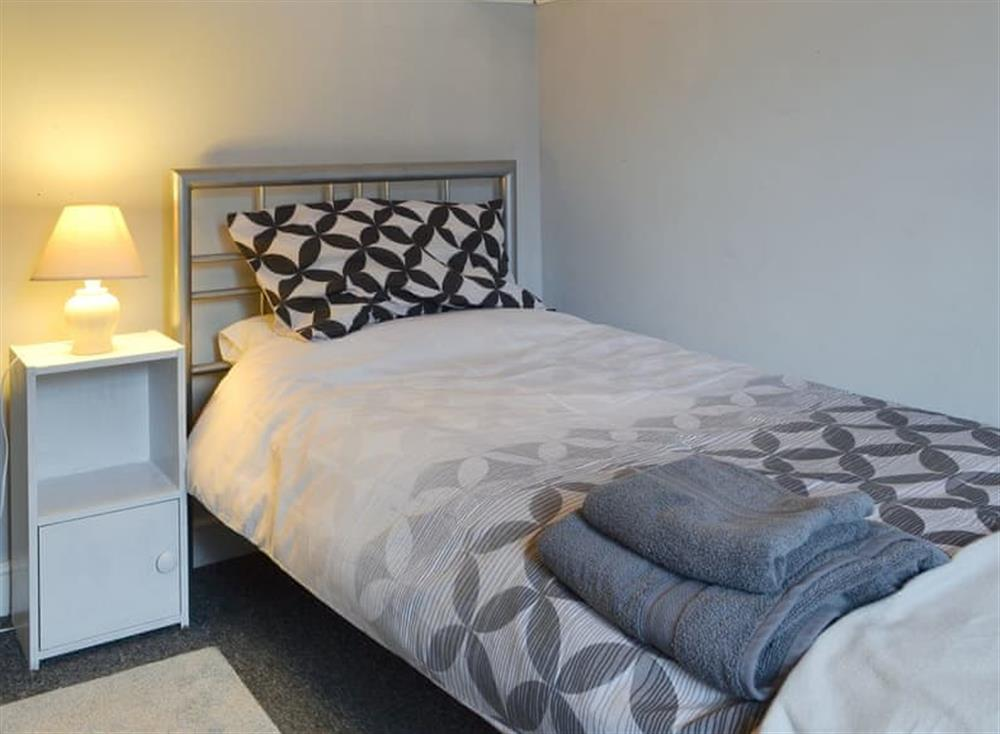 Peaceful single bedroom at Pinewood Cottage in Hainford, near Norwich, Norfolk