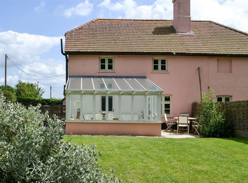 Semi-detached cottage with large enclosed garden at Pink Cottage in Egmere, near Wells-next-the-Sea, Norfolk