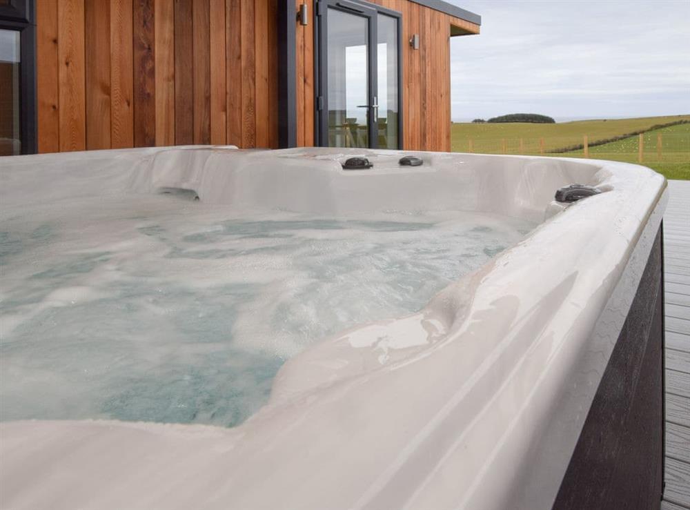 Hot tub at Culzean,