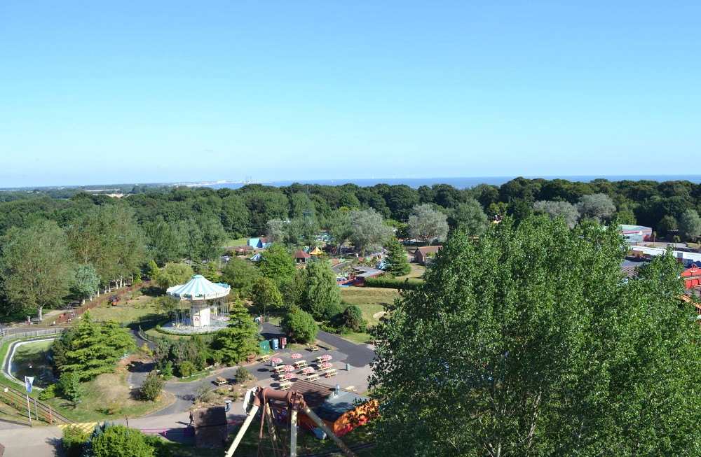 Pleasurewood Hills and its setting