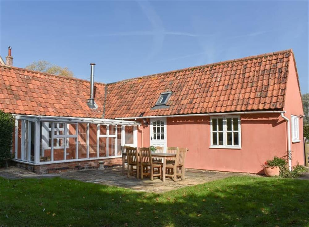 Delightful single storey holiday cottage at Potash Cottage in Thorpe Morieux, near Bury St Edmunds, Suffolk