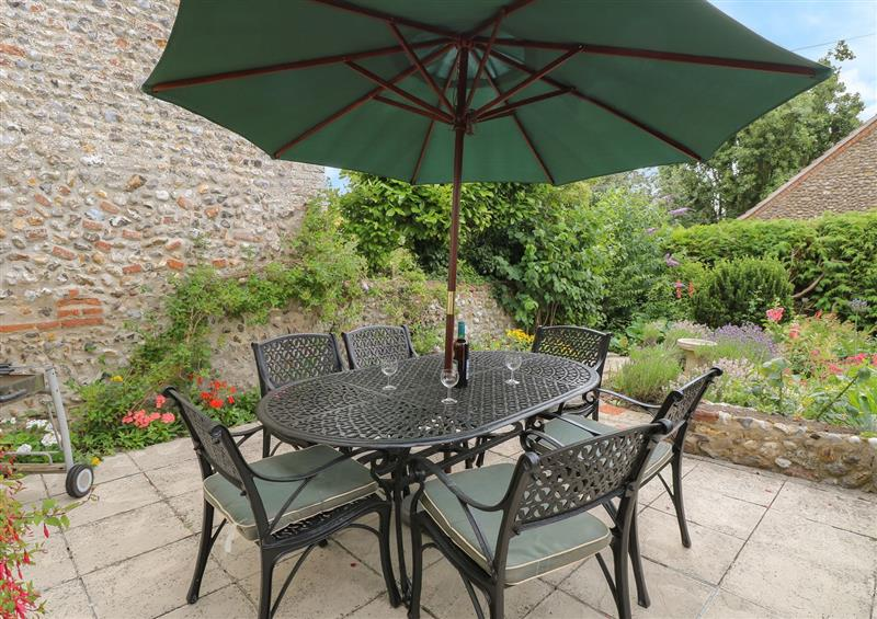 The patio in Primrose Cottage