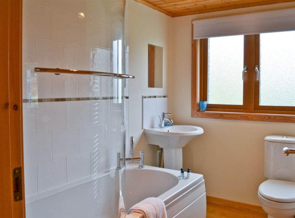 Bathroom at Puddleduck in Fritton, near Great Yarmouth, Norfolk