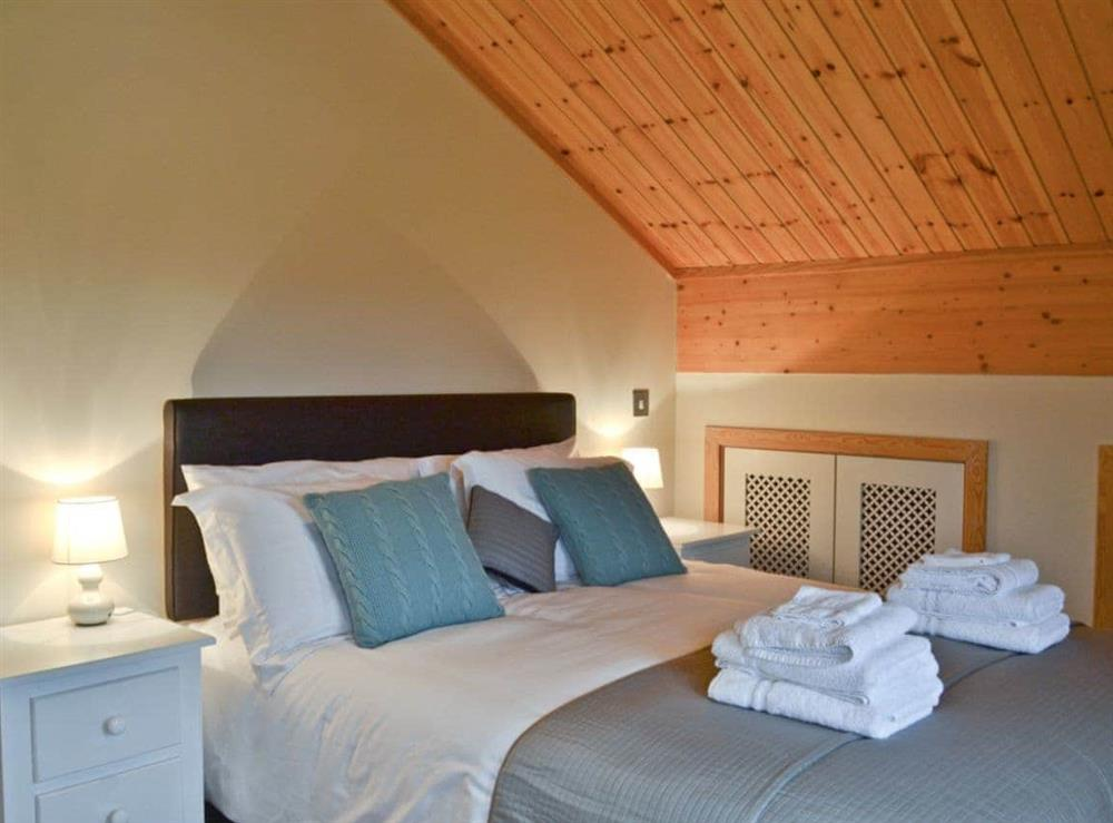 Double bedroom at Puddleduck in Fritton, near Great Yarmouth, Norfolk