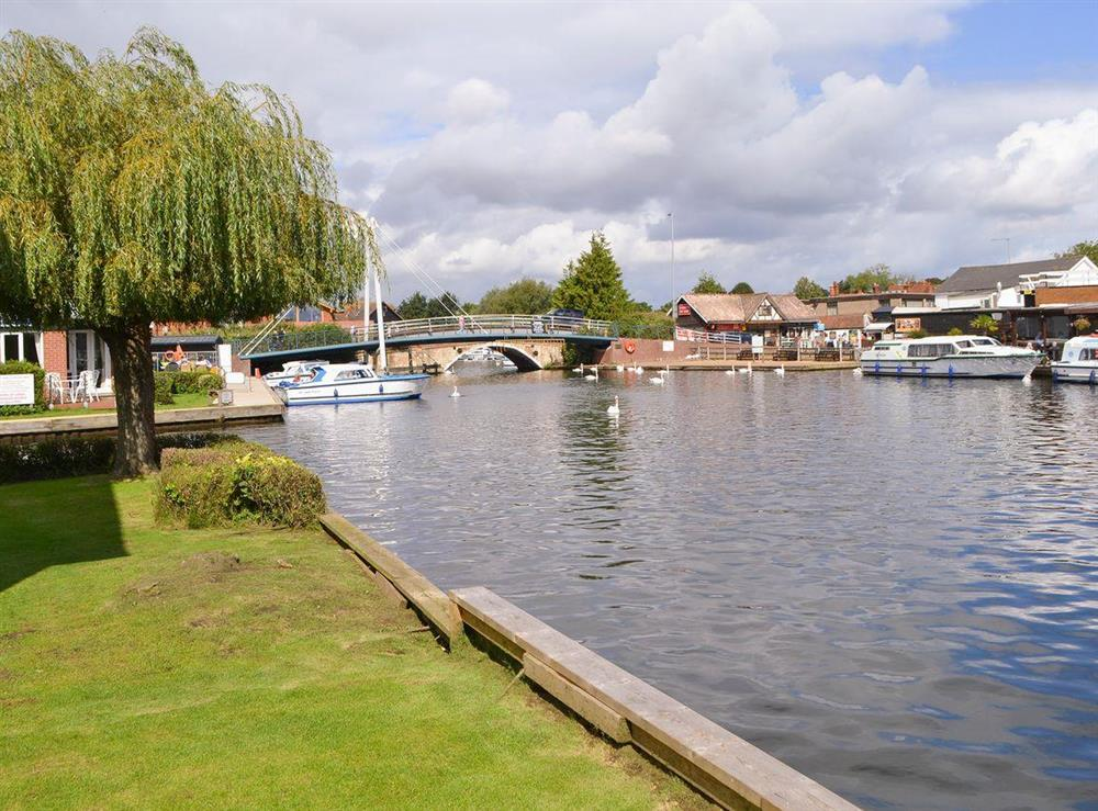 Spectacular river views at Puffin Cottage in Wroxham, Norfolk