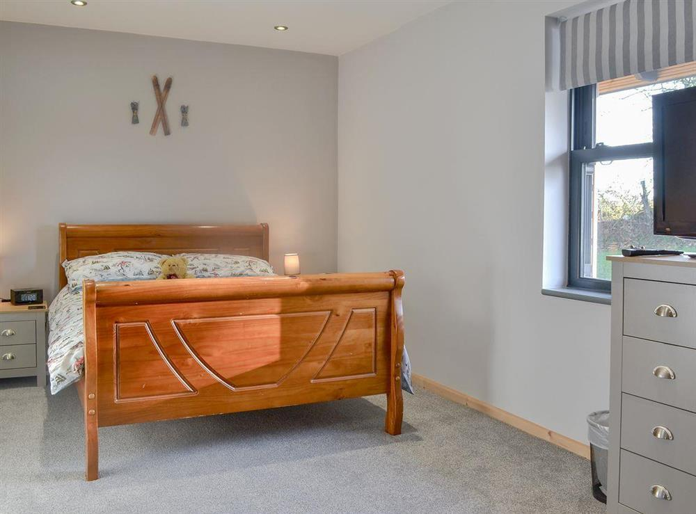 Comfy double bedroom at Quarry Lodge in Munsley, near Ledbury, Herefordshire