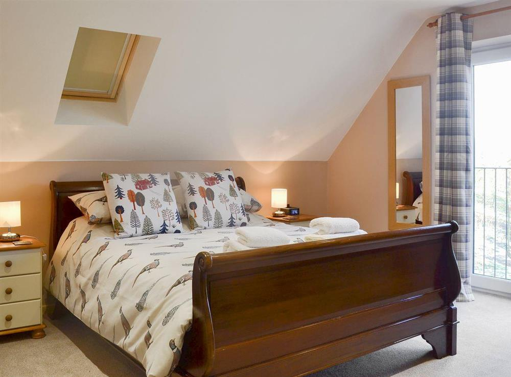 Spacious double bedroom at Quarry Lodge in Munsley, near Ledbury, Herefordshire