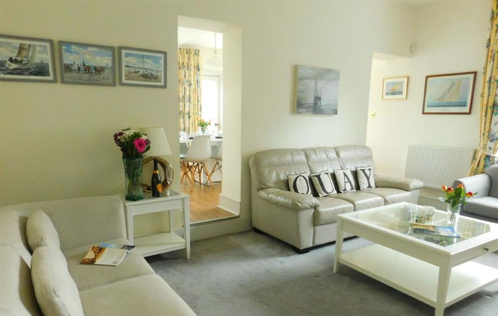 Ground floor: Sitting room with seating for ten guests