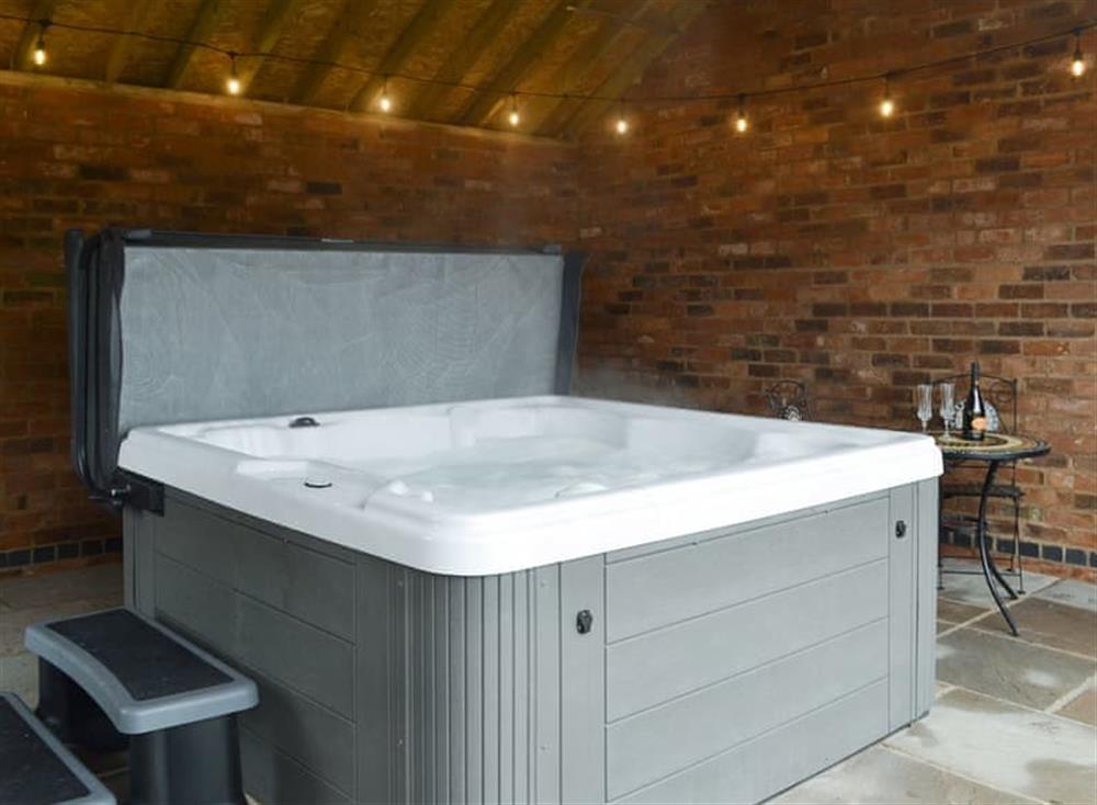 Luxurious hot tub at Cow Slip,