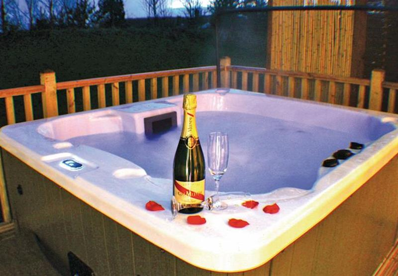 Sunset Spa at Raywell Hall Country Lodges in , Yorkshire
