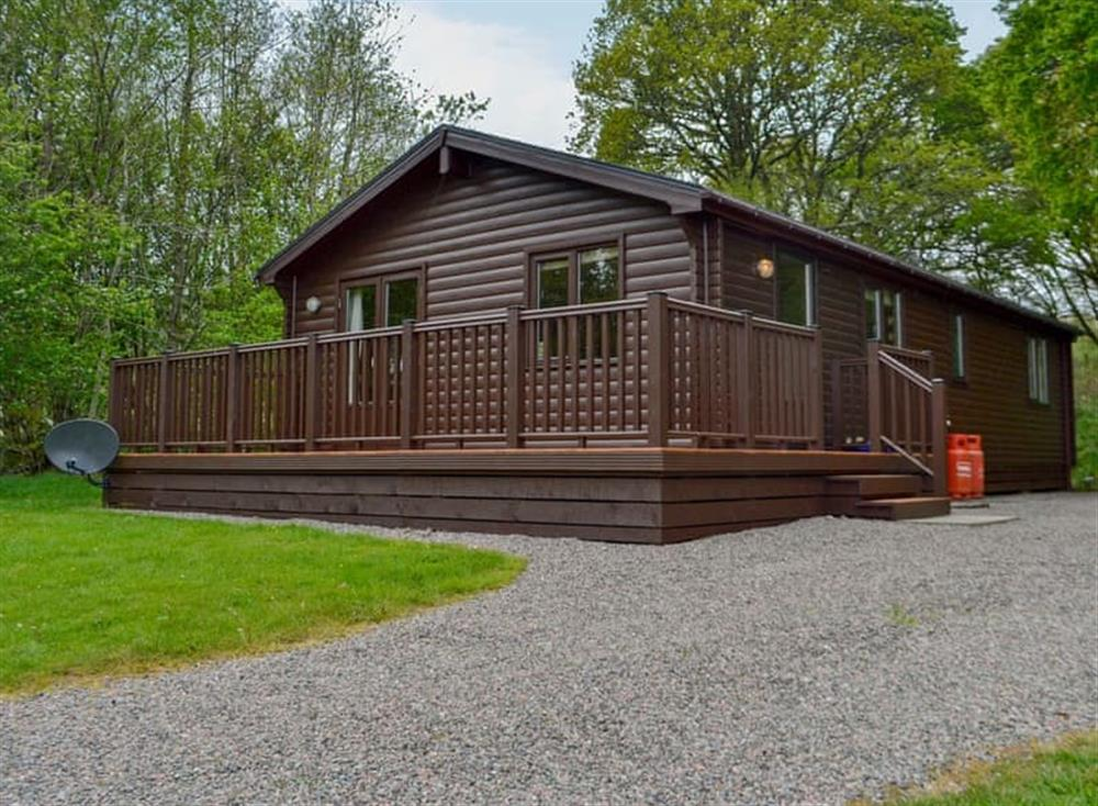 Attractive lodge holiday home